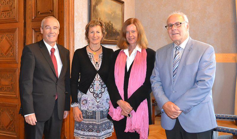 Illustration: Vorarlberger Landtagsvizepräsidentin Dr. Gabriele Nußbaumer zu Besuch beim Obersten Gerichtshof