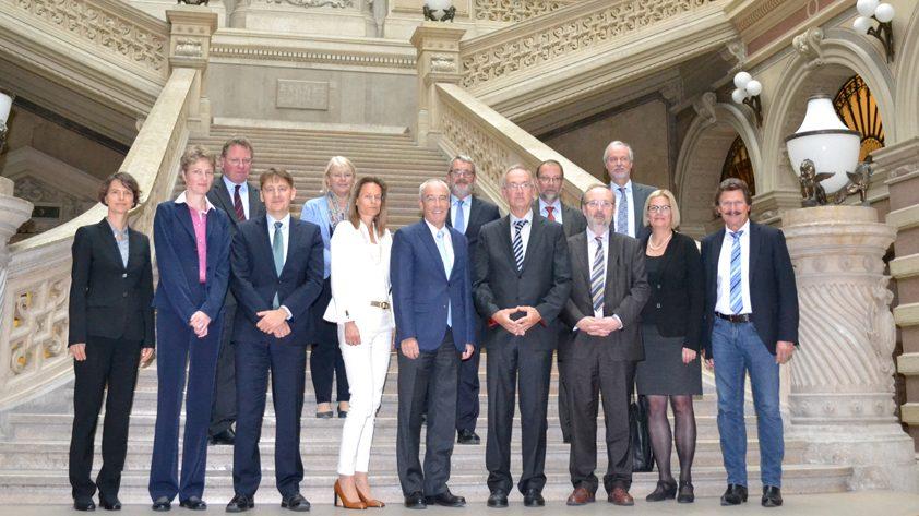 Illustration: Besuch des deutschen Bundesgerichtshofs beim Obersten Gerichtshof