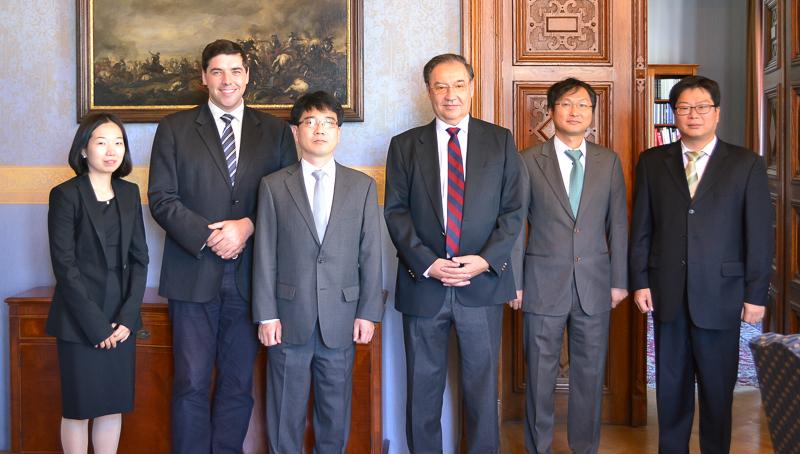 Illustration: Besuch von Richtern aus Südkorea